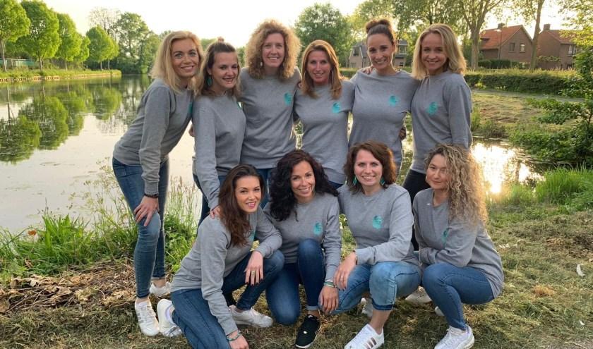 De danseressen van Dancing Queens zetten zich met hun stichting 'Just in Time 4 Heroes' in voor een zeer goed doel. Foto: Roberto Cancian
