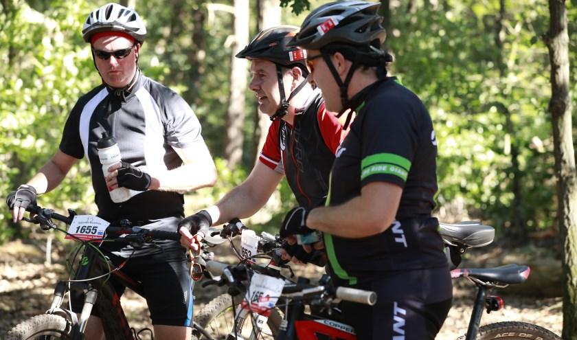 Mountainbikers genoten vorig jaar met volle teugen van de mooie ritten die waren uitgezet. Foto: Annauf.