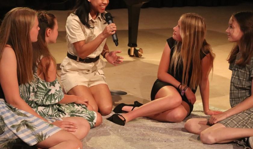 De musicalavond van zanglerares Judith van Dool werd een succes. De leerlingen deden hun best.