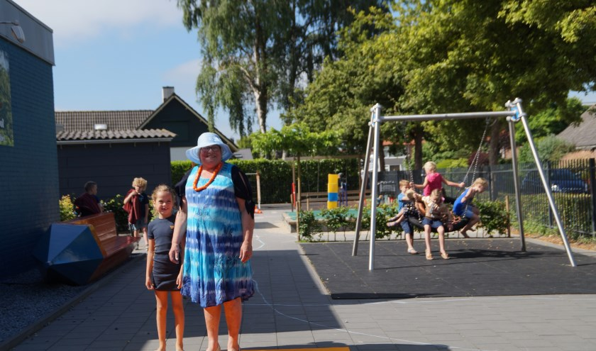 Juf Wilma van de Meijden neemt na 45 jaar afscheid van het onderwijs. Ze stond sinds 1987 voor de klas in de Willem van Oranjeschool in Brakel.
