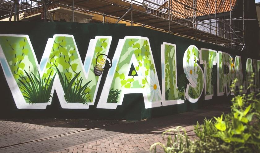 De bouwschutting de Walstraat heeft een prachtige muurschildering gekregen dankzij Element X Customs.