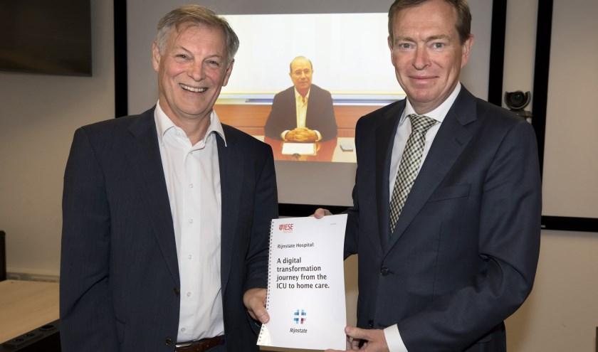 Wim van Harten (voorzitter RvB Rijnstate), Jaume Ribera (professor en directeur Center for Research in Healthcare of the IESE Business School) en Minister Bruins.