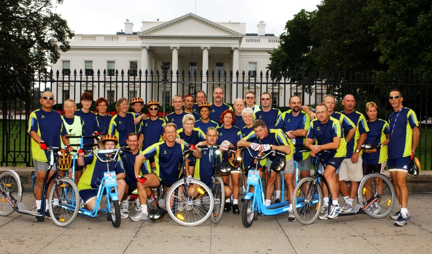 Steppen en fietsen doet de groep al meer dan 38 jaar.Het begon in 1982 naar Parijs en eindigt straks in Antwerpen. De rit van Washington naar New York maakte van hen de New Yorksteppers. Foto: Joop van der Hor
