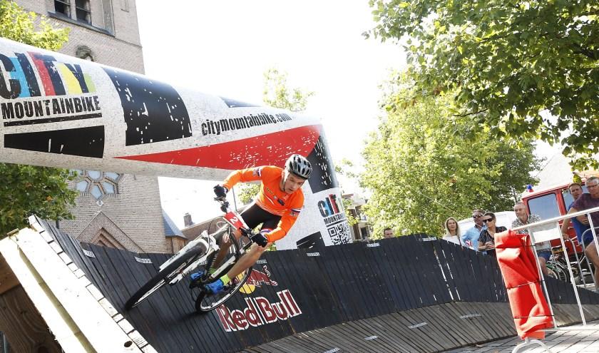 De toegang tot het evenement is gratis, meer op www.citymountainbike.com. Foto (vorig jaar): Archief/Jurgen van Hoof.