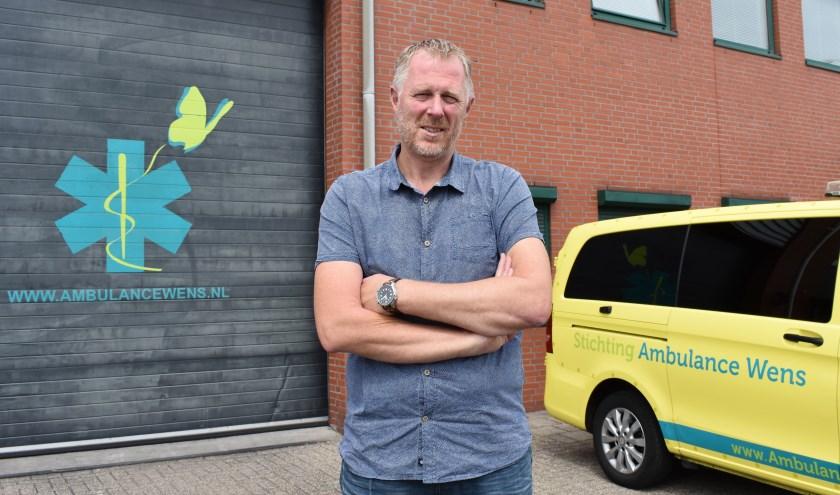 In 2006 regelde Kees Veldboer dat een terminale patiënt nog één keer door de Rotterdamse havens kon varen. Die dag sprak hij de bijna legendarische woorden: 'Ik ga een stichting starten!' (Foto: Britte Kramer)