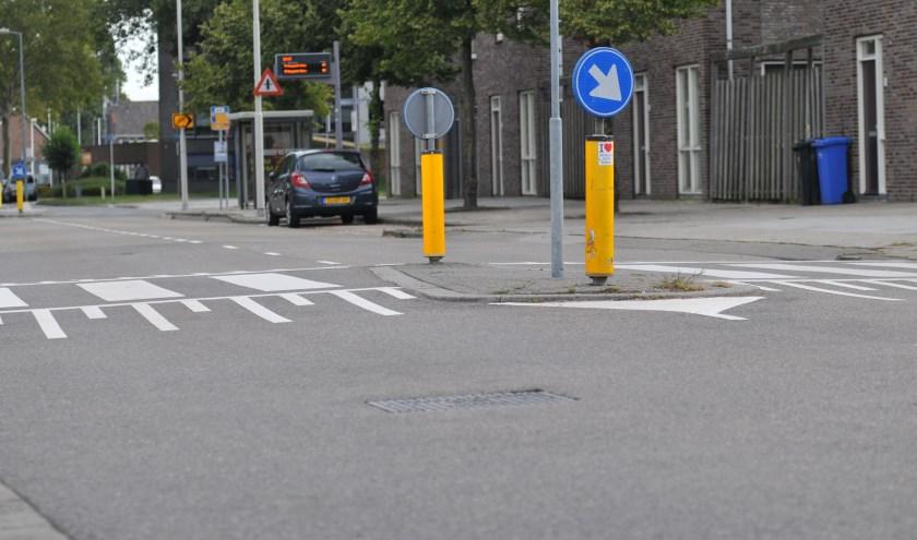 Bewoners aan de Max Havelaarweg ondernemen actie om hun straat veiliger te maken.