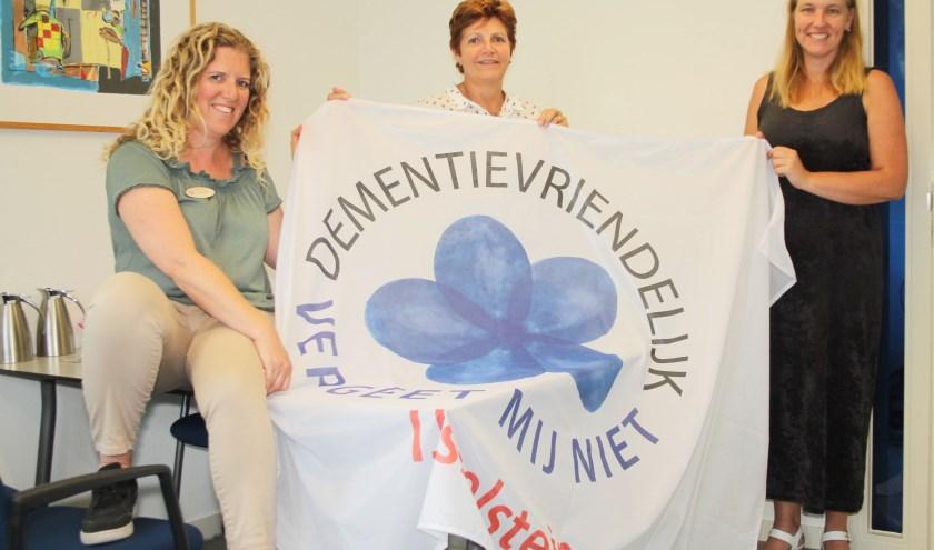 Annette Aelbers, Jolanda van Heezik en Ilja Bakker zijn mede-initiatiefnemers van de lokale Maand van de dementie. (Foto: Lysette Verwegen)