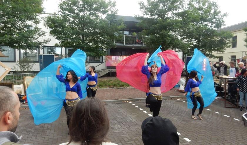De buikdansers met Katharine