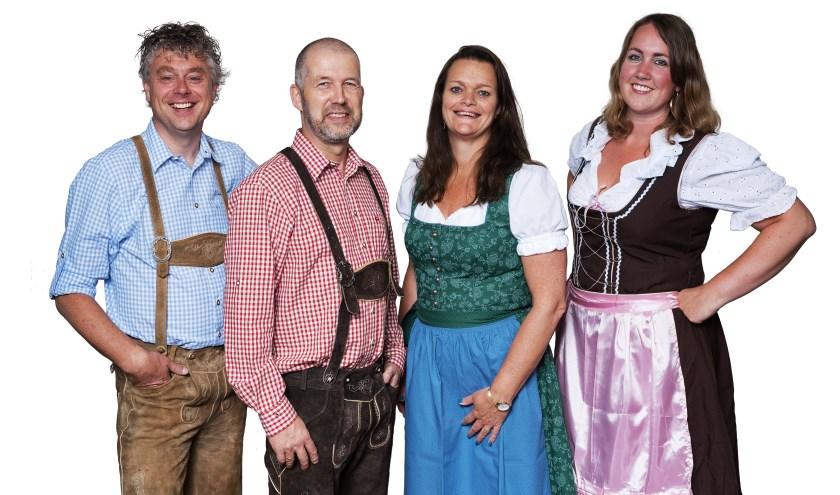 Edwin Holtrop, Frank van Heusden, Astrid Holtrop en Mariëlle de Koning zijn helemaal klaar voor het Bennekomse Oktober Fest!