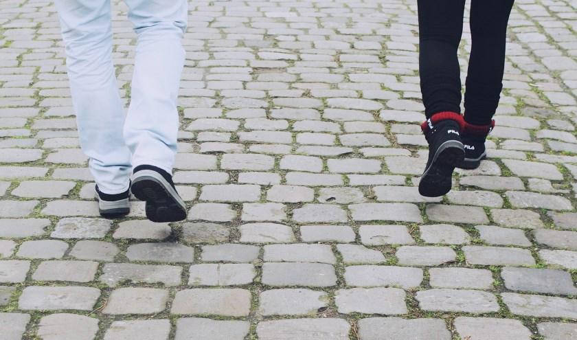 InteraktContour is op zoek naar wandelmaatjes voor cliënten met niet-aangeboren hersenletsel.