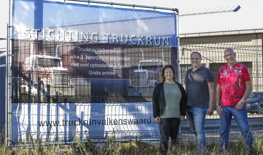 De organisatie van de Truckrun, v.l.n.r.  Corrine, André en Toon van de stichting Truckrun Valkenswaard.