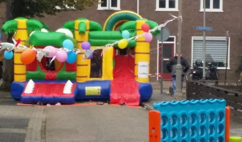 Een zeer geslaagde Burendag aan de Tollenstraat in Almelo