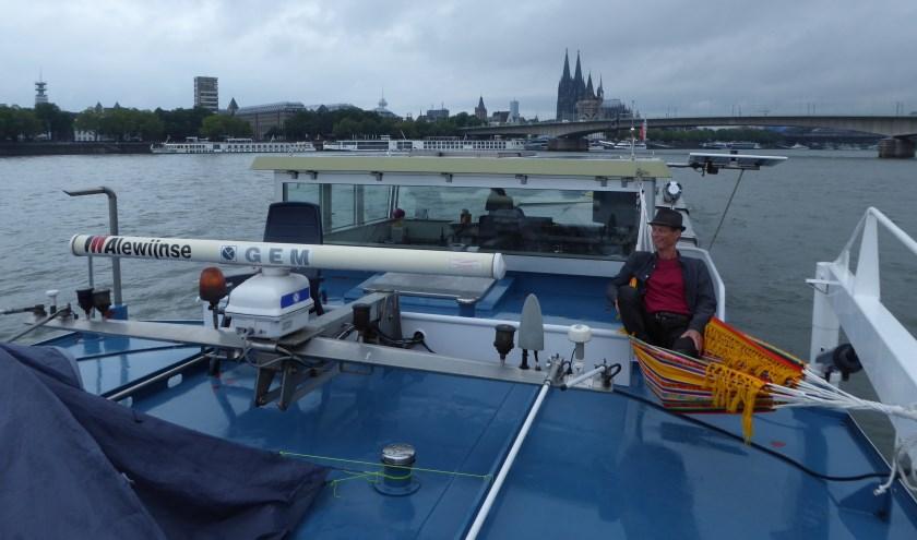 Na een dag varen even ontspannen aan de kade in Dorsten, Duitsland. Het schip ligt klaar om de volgende morgen om 06.00 uur te worden gelost. Foto: René Kerkhoven