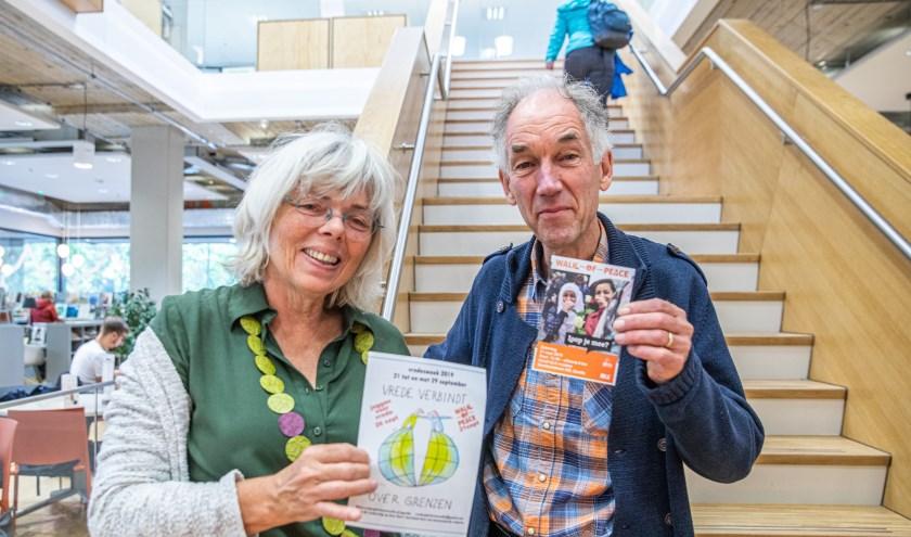 Jolan van de Waeter en Sytse Tjallingii  organseren de Walk of Peace, die dit jaar door Holtenbroek gaat.