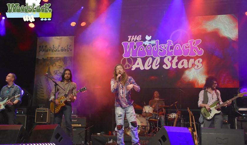 The Woodstock All Starts treedt op in Vessem. FOTO: Toon Verbaant.