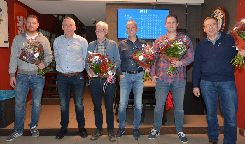 Er waren dit jaar vijf jubilarissen bij Voetbalvereniging Well.