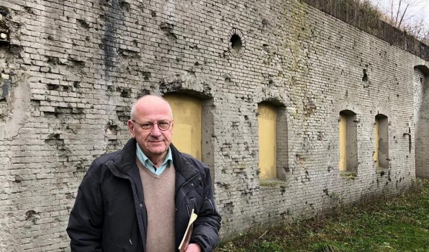 """Ruud van der Werff van de Stichting Menno van Coehoorn, die zich inzet voor behoud van militair erfgoed: """"Dit is het enige fort in Nederland waar in de Tweede Wereldoorlog twee keer is gevochten."""""""