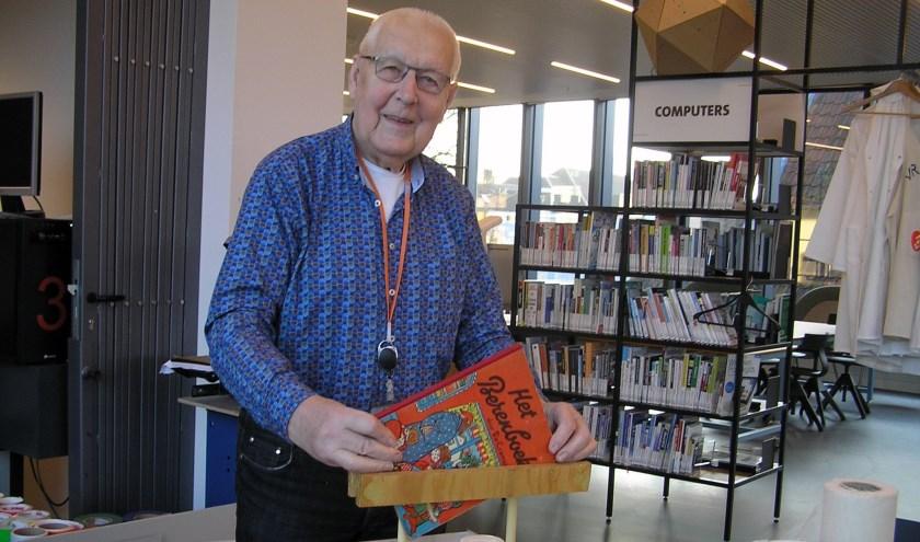 Jan Boersma geeft ook korte cursussen boekbinden in kleine groepen.