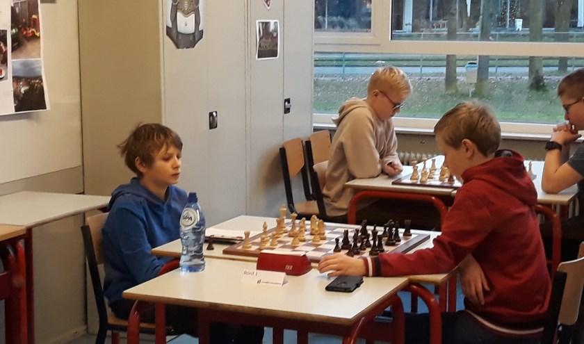 Wouter Wieggers (links) trok tegen Florian Molanus aan het langste eind.