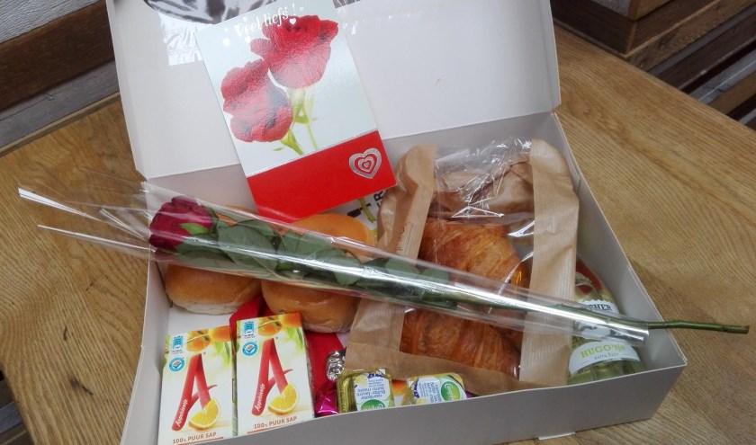 """Jessica: """"Het leuke van Valentijn op een werkdag is dat niemand dat ontbijtje verwacht."""""""