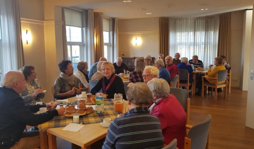 De koffieochtend van november in de Rooms katholieke kerk in Hattem trok ongeveer twintig belangstellenden. Het samenzijn wordt vrijdag 31 januari herhaald.