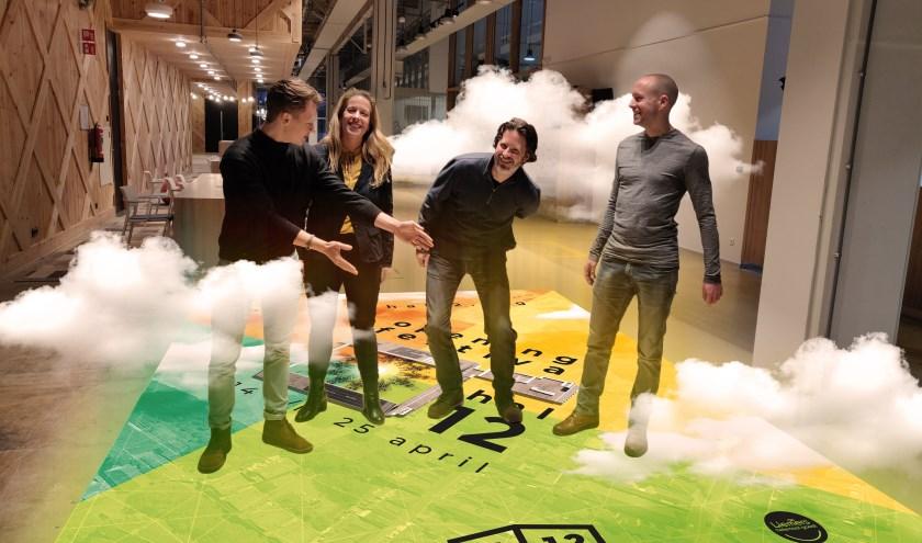Christiaan Frölich, Tessa Helmink-de Jong, Thijs Bisschops en Daan Hoesté zitten in de organisatie van het Openingsfestival. (foto: PR)