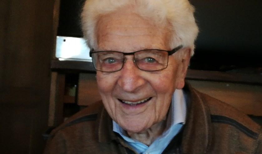 De negentigjarige Wim Jansen is na 73 jaar weer terug in Didam. (foto: Bennie Jansen)