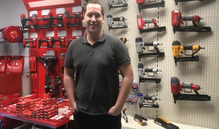 Antoine Loeters combineert het ondernemerschap met zijn passie als vrijwillig brandweerman. (foto: Karin van der Velden)