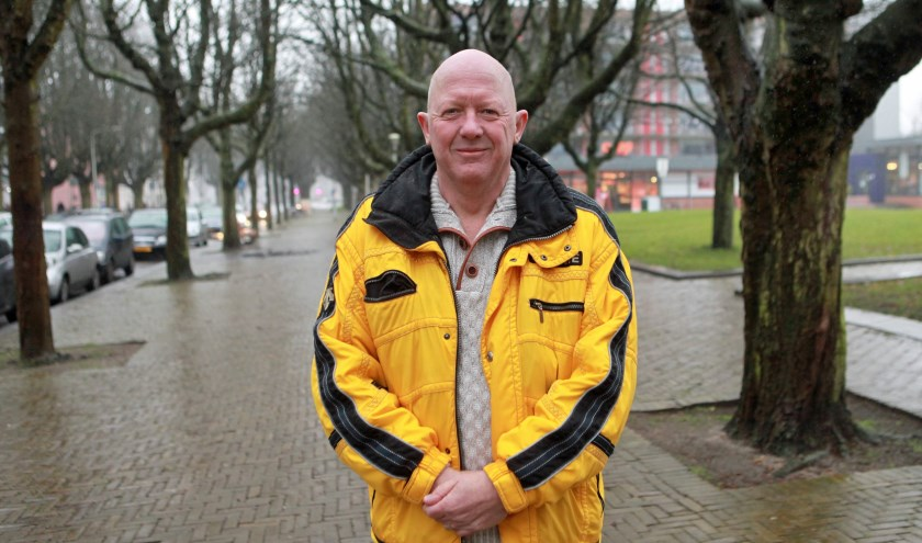 Guus Vinke heeft een fijne jeugd gehad aan het Heeswijkplein (Foto: Peter van Zetten).