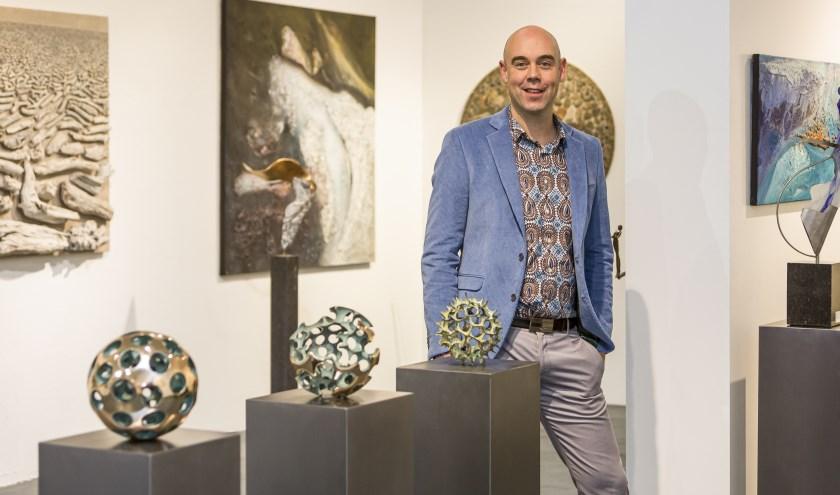 Galeriehouder en kunstschilder Eelko van Iersel
