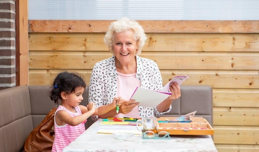 Een vrijwilliger van Home-Start biedt extra (opvoed)ondersteuning