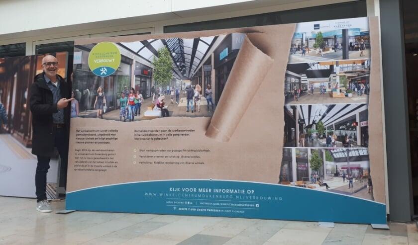 <p>Maarten Mulder laat een impressie van het vernieuwde Winkelcentrum Dukenburg zien.</p>