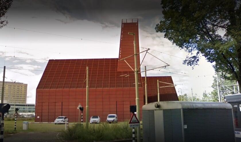 <p>De aardwarmtecentrale aan de Leyweg staat er al vele jaren. Dankzij het besluit van het ministerie van Economische Zaken wordt hij nu ook in werking gesteld.&nbsp;</p>