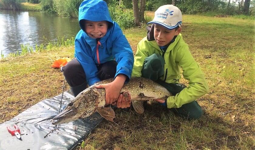 <p>De jeugd heeft de toekomst bij De Oirschotse Sportvissers. Voor hen &eacute;n voor de oudere leden is er volop te beleven langs de waterkant.</p>