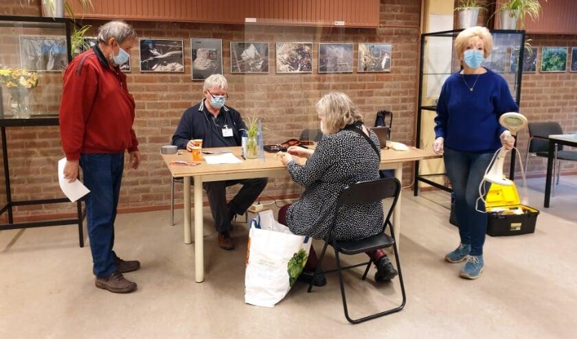 <p>Medewerkers Herstelcafé.</p>