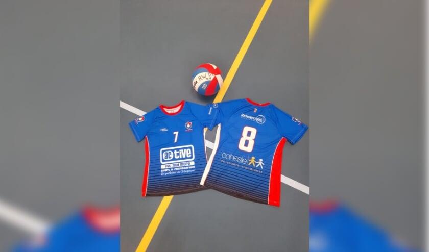 Nieuwe wedstrijdshirts Renswouw Dames 2 voor en achterkant