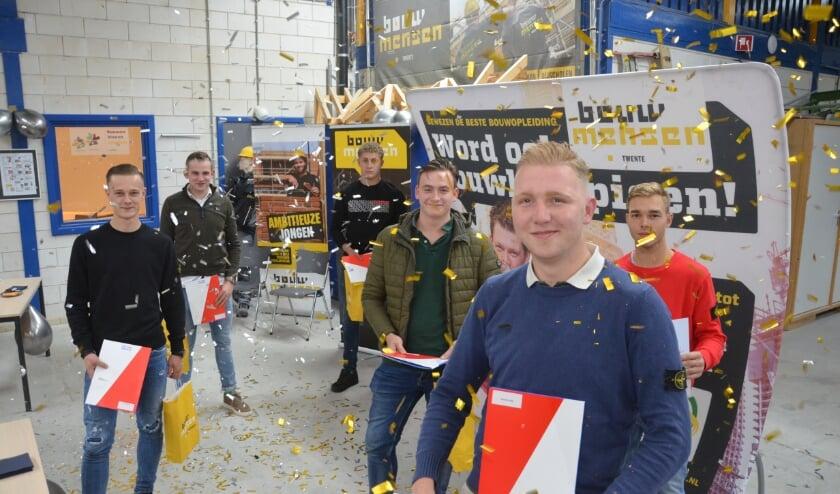 <p>Volgens Robert Herman van Bouwmensen Twente is de bedrijfstak blij met de gediplomeerden.</p>