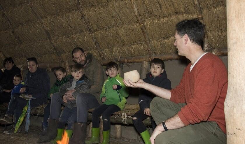 <p>Vanaf het prille begin is publiek betrokken bij de ontwikkeling van het educatief archeologisch erf. Belangrijke doelgroep zijn de jongeren.</p>