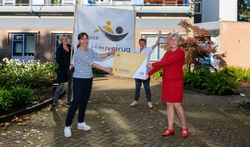 Huisarts Inge Groenewegen doneerde haar afscheidscadeau aan Hospice Heuvelrug.