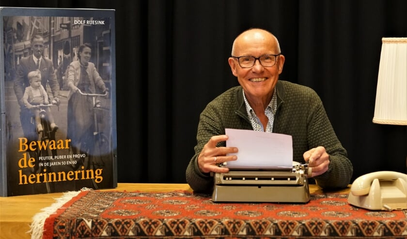 Dolf Ruesink vertelt op 25 oktober over zijn nieuwe boek bij Cultuurpodium Hengelo in de schouwburg. (Foto: Nico Asbroek)