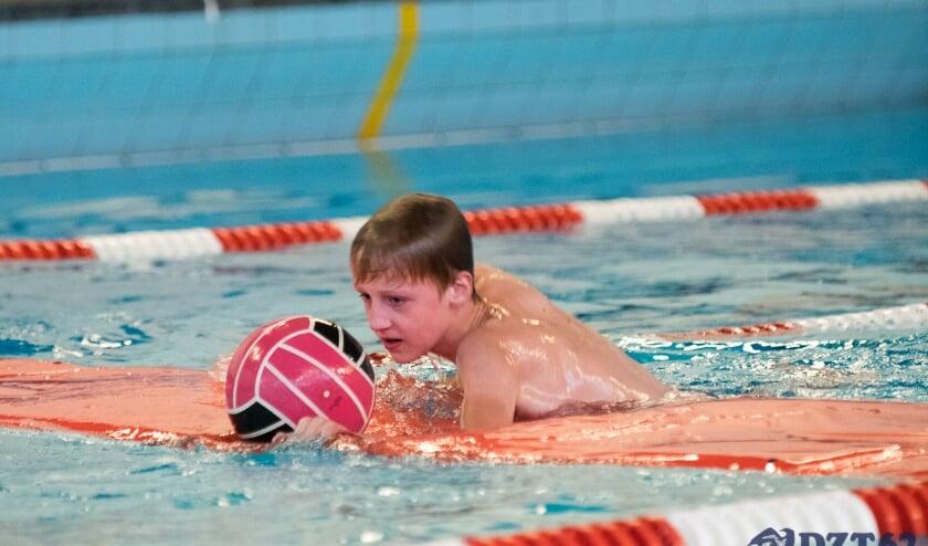<p>Lekker meezwemmen tijdens de zwemsoos.</p>