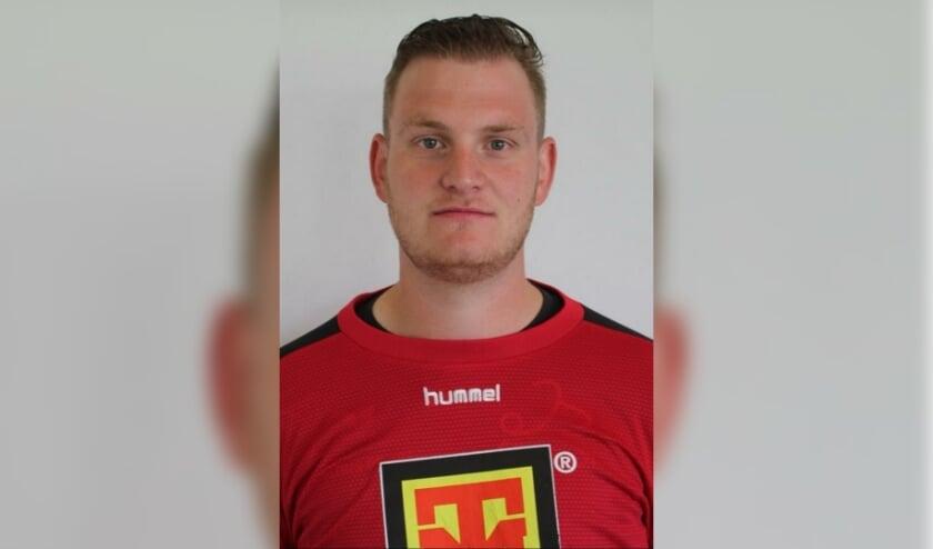 <p>SVGG-doelman Bas Venhorst krijgt de bal liever niet teruggespeeld: &#39;Meevoetballen kan ik totaal niet.&#39; Foto: PR</p>