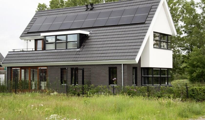 <p>Zie voor meer informatie en de beschikbaarheid www.lageheide.nl.</p>