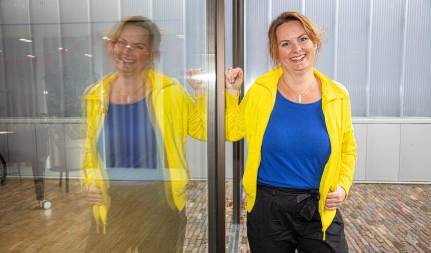 <p>Annemarie Stallinga voor Stadkamer waar ze haar Tedx-Talk gaat houden. Haar boodschap is: &#39;laat je shit voor je werken want het is verrassend vruchtbaar&#39;.&nbsp;</p>