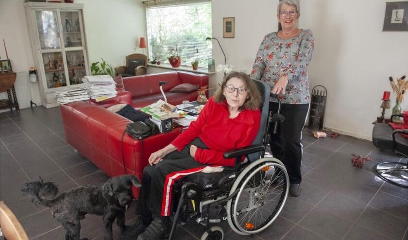 <p>Na een hersenbloeding kan Becky veel dingen niet meer die ooit vanzelfsprekend waren. Met Riekies hulp kan ze thuis blijven wonen. &nbsp;&nbsp;</p>