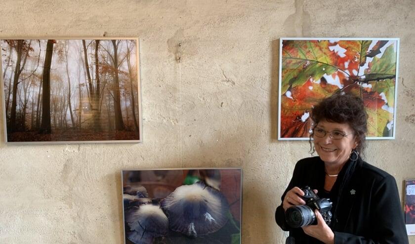 <p>Kunstenares Monique Eshuis: &quot;Veel van mijn opnamen zijn in en rond Hattem gemaakt. De pracht is dichtbij huis.&quot;&nbsp;</p>