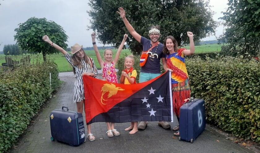 <p>De familie Beukers staat al te trappelen om naar Papoea Nieuw Guinea te gaan.&nbsp;</p>