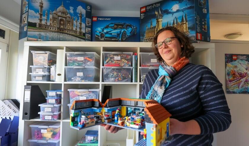<p>Rianne Buijs van legotheek de kempen. FOTO: Bert Jansen.</p>