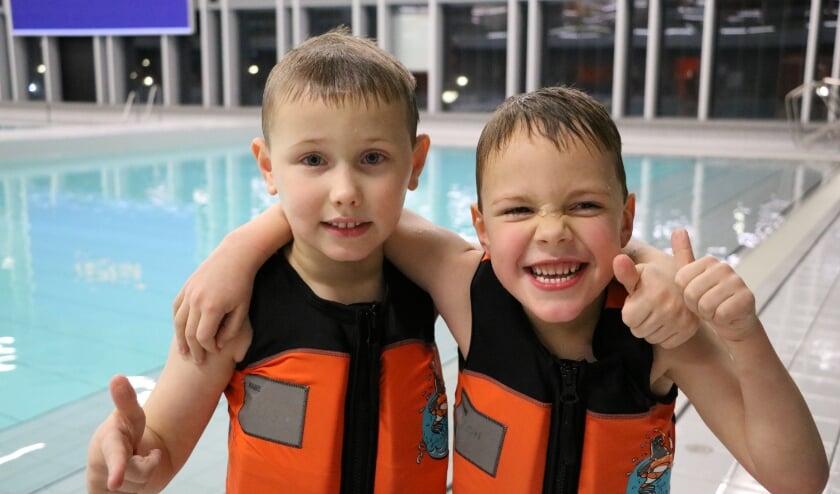 <p>Kinderen zijn hartstikke blij dat ze weer kunnen zwemmen in de zwembaden van De Thermen2. Foto: PR</p>