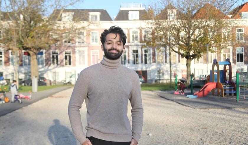 <p>Damian Bachasingh was 7 jaar toen hij voor het eerst Den Haag bezocht (Foto: Peter van Zetten)&nbsp; &nbsp; &nbsp;</p>